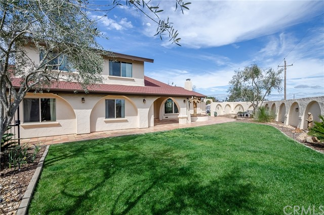 2435 Lake Marie Drive, Santa Maria, CA 93455