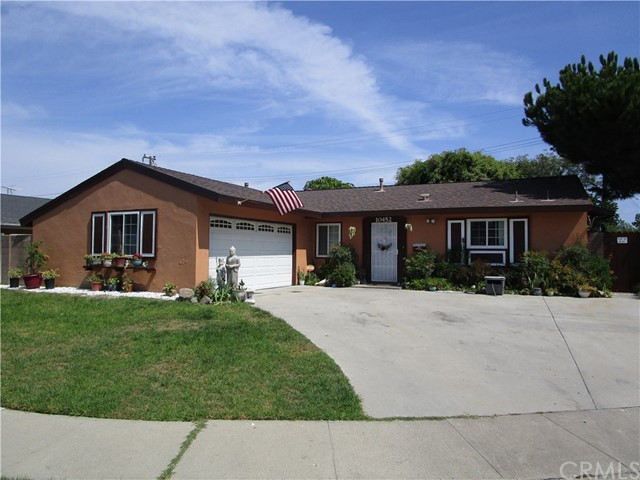 10452 Whirlaway Street, Cypress, CA 90630