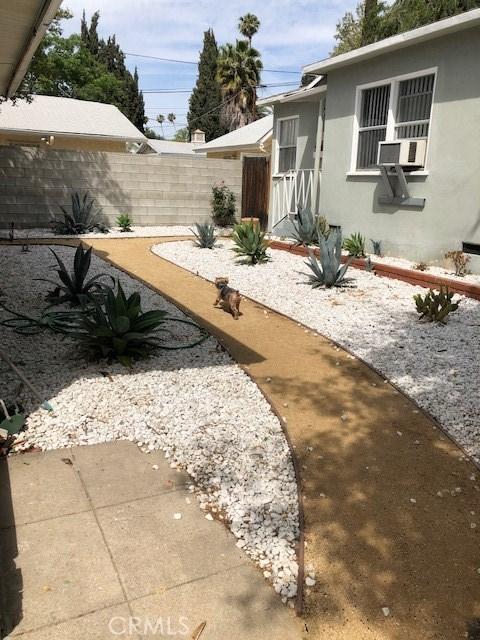 1623 E Villa St, Pasadena, CA 91106 Photo 13