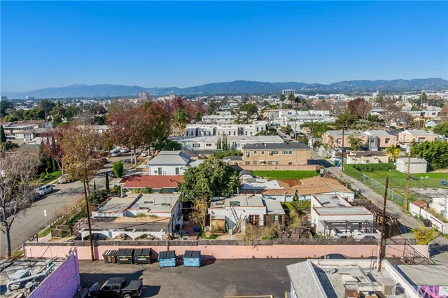 2019 18th, Santa Monica, CA 90404