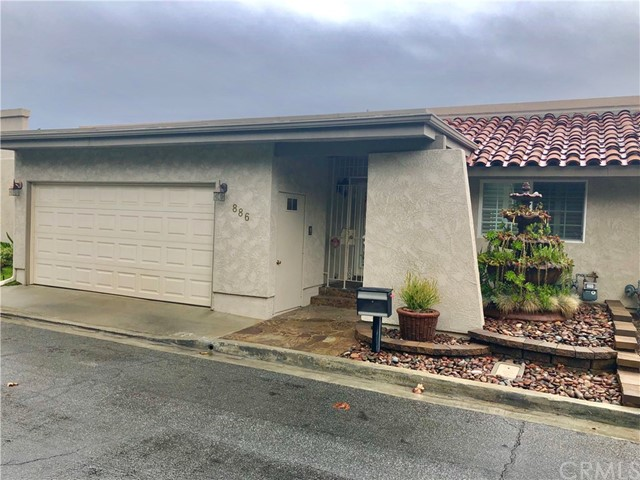 886 W Highpoint Drive, Claremont, CA 91711