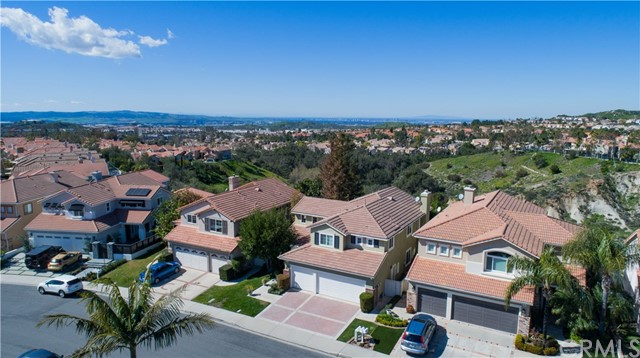 41 Esternay Drive, Lake Forest, CA 92610