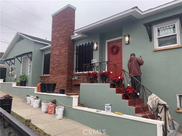 1011 Owosso Avenue, Hermosa Beach, California 90254, 2 Bedrooms Bedrooms, ,2 BathroomsBathrooms,For Sale,Owosso,PV19279577