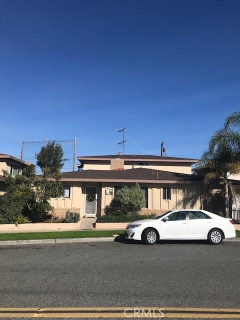 562 Joann Street, Costa Mesa, CA 92627