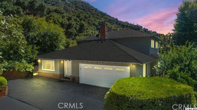915 Larkstone Lane, Glendale, CA 91206