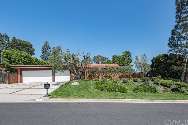5 Silverbit Lane, Rolling Hills Estates, California 90274, 4 Bedrooms Bedrooms, ,2 BathroomsBathrooms,For Rent,Silverbit,SB18201759