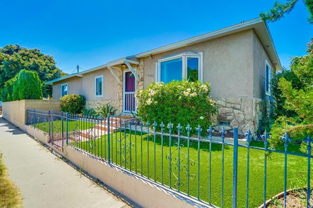 13503 Ocean Gate Avenue, Hawthorne, CA 90250