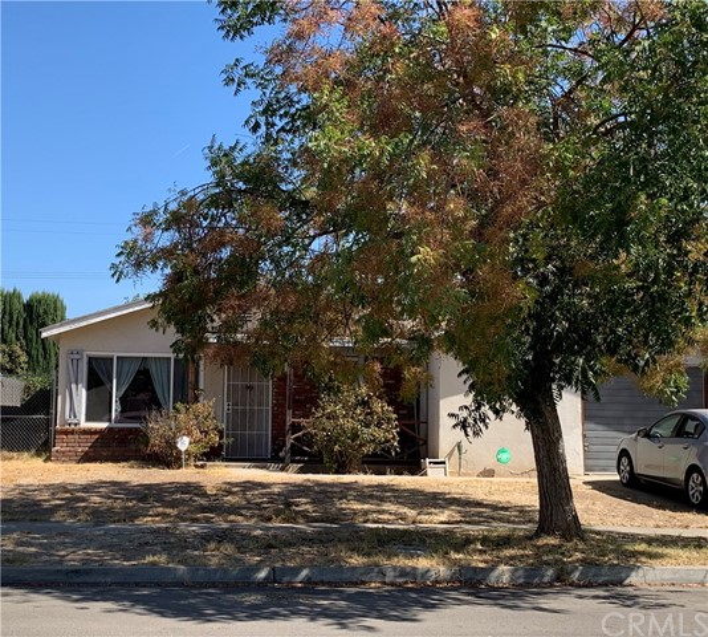 2336 W Holland Avenue, Fresno, CA 93705