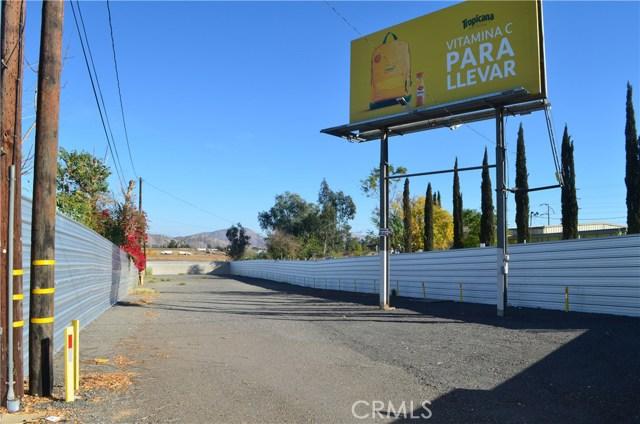 12053 Cedar Avenue, Bloomington, CA 92316