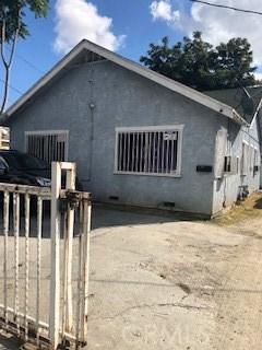 9216 S Hoover Street, Los Angeles, CA 90044
