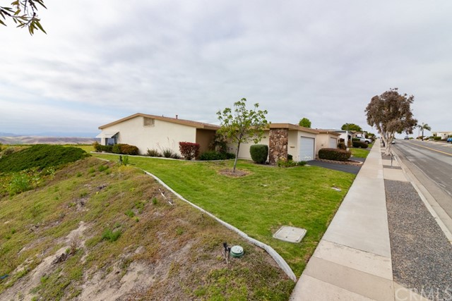 3902 Vista Campana 1, Oceanside, CA 92057