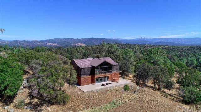30332 Flying O Ranch Road, Coarsegold, CA 93614