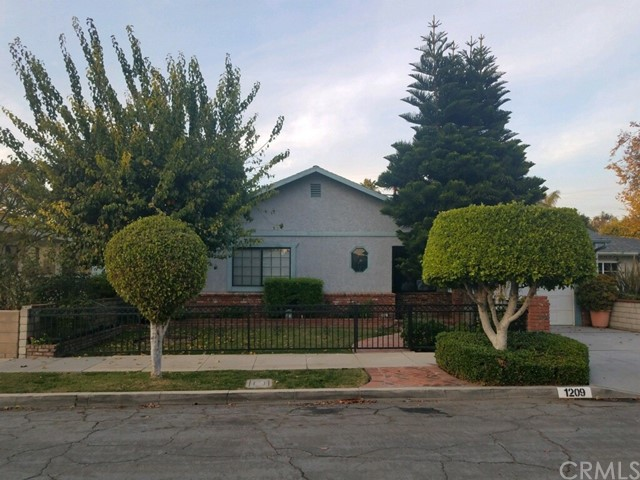 1209 Central Avenue, Fullerton, CA 92831