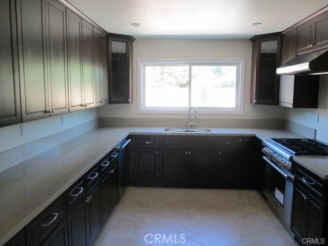 127 W Cliffwood Avenue, Anaheim, CA 92802