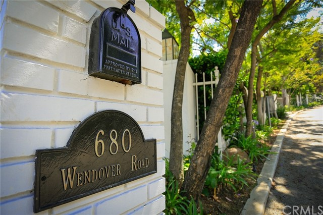 680 Wendover Road, La Canada Flintridge, CA 91011