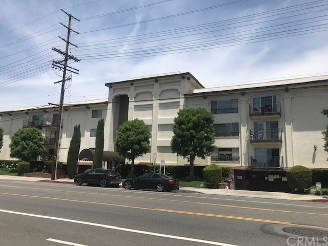 12801 Moorpark Street 103, Studio City, CA 91604