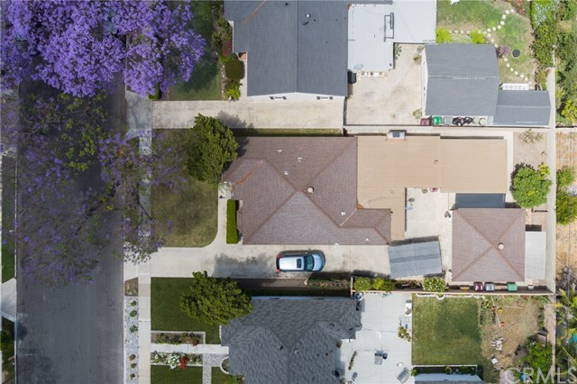 3. 2045 S Garnsey Street Santa Ana, CA 92707
