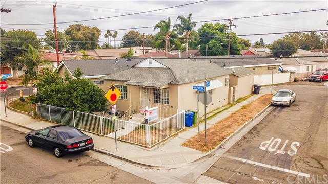 398 S Hillview Avenue, East Los Angeles, CA 90022