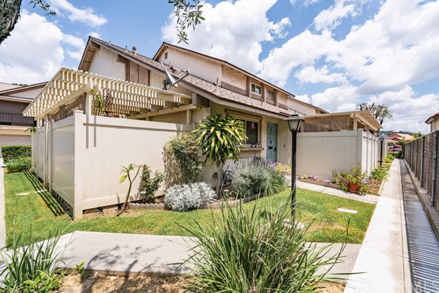 5557 Pioneer Boulevard, Whittier, California 90601, 2 Bedrooms Bedrooms, ,1 BathroomBathrooms,Single Family Residence,For Sale,Pioneer,CV20110398