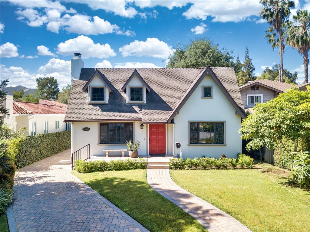 3. 1464 Oakdale Street Pasadena, CA 91106