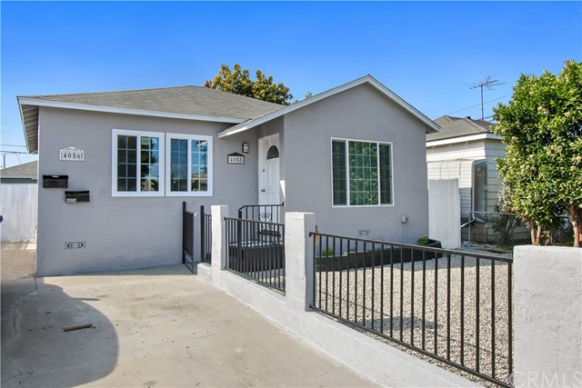 4058 164th Street, Lawndale, California 90260, 5 Bedrooms Bedrooms, ,3 BathroomsBathrooms,Duplex,For Sale,164th,DW21066541