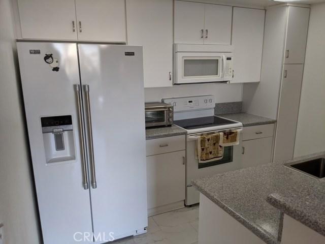 6. 10535 Wilshire Blvd #802 Westwood - Century City, CA 90024