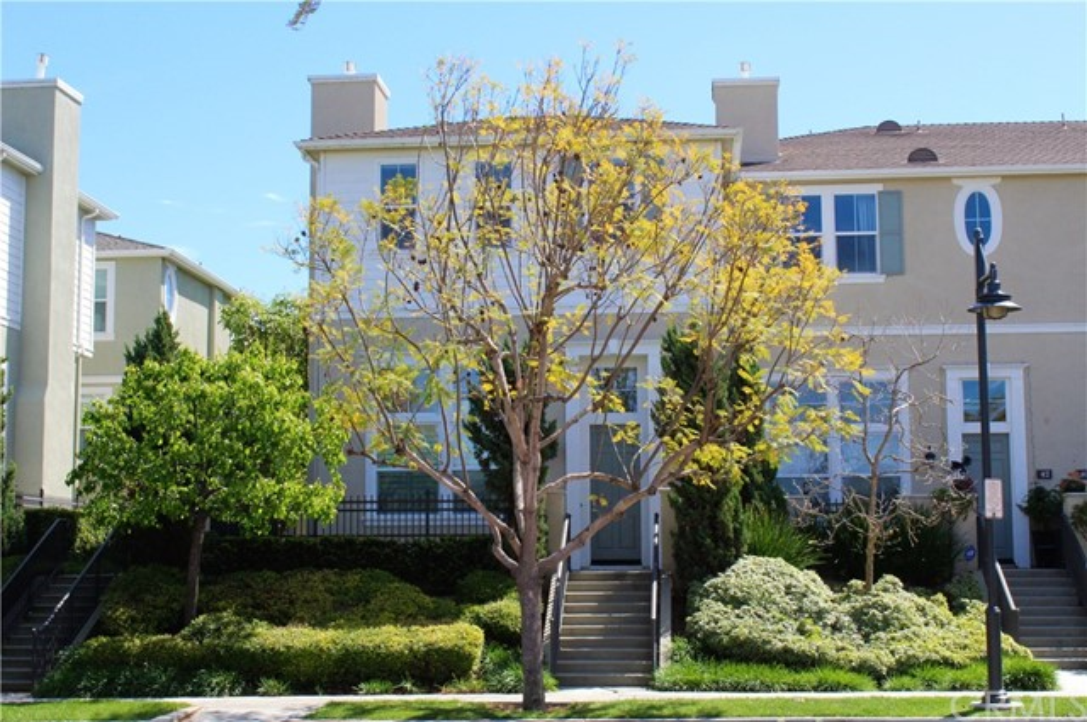 44 Fringe Tree, Irvine, CA 92606