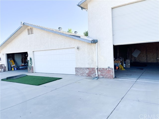 12780 Fir St, Oak Hills, CA 92344 Photo 49