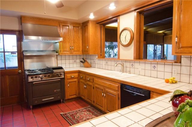 242 S Hill Av, Pasadena, CA 91106 Photo 29
