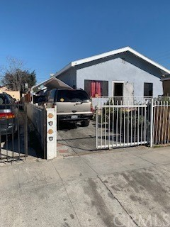 1141 E 84th Place, Los Angeles, CA 90001