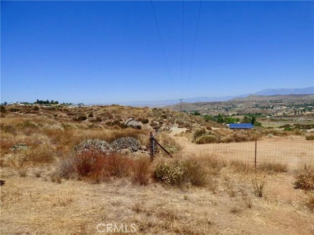 70 Hawkins Court, Juniper Flats, CA 92567 Photo 8