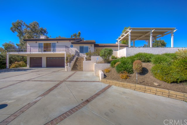 609 West Road, La Habra Heights, CA 90631