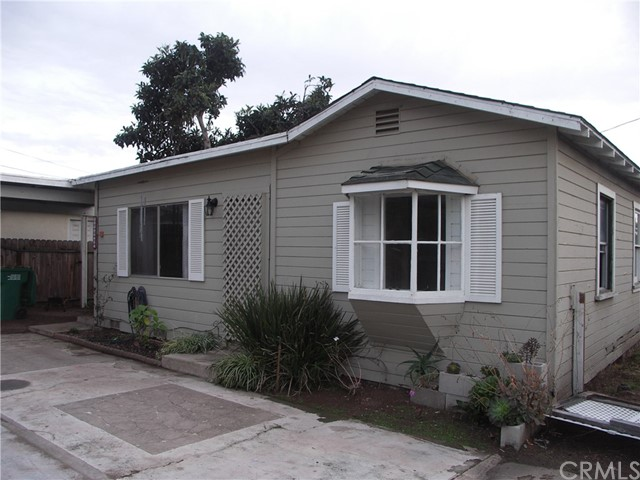 1044 Ramona Avenue, Grover Beach, CA 93433