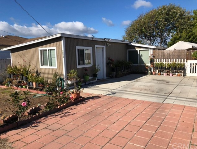 1073 Nice Avenue, Grover Beach, CA 93433