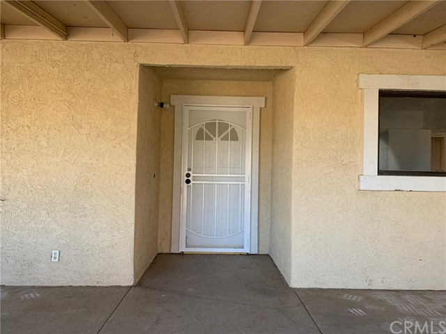 9561 Akron Rd, Lucerne Valley, CA 92356 Photo 2