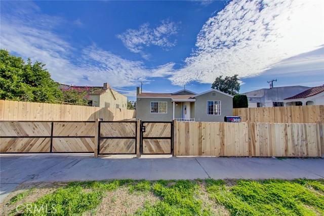 Photo of 1300 E Oaks Street, Compton, CA 90221