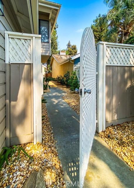 1624 E Castleview, Visalia, CA 93292 Photo 35