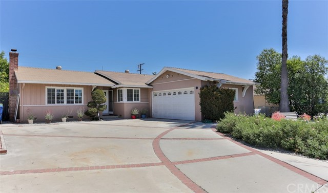 9930 Wealtha Avenue, Sun Valley, CA 91352