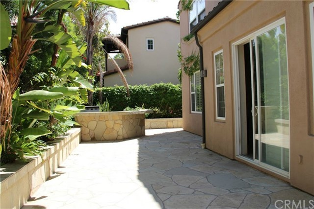 63 Secret Garden, Irvine, CA 92620 Photo 2