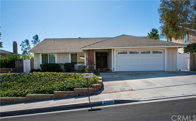 23024 Garzota Drive, Valencia, CA 91354