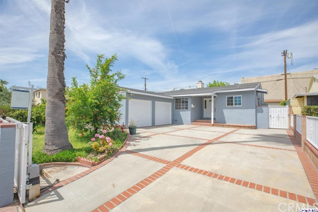 12549 Barbara Ann Street, North Hollywood, CA 91605