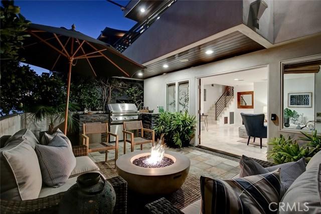 417 27th Street, Manhattan Beach, California 90266, 3 Bedrooms Bedrooms, ,1 BathroomBathrooms,For Sale,27th,SB21023616
