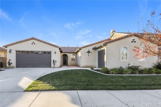 28413 Beacon Bay Circle, Menifee, CA 92585