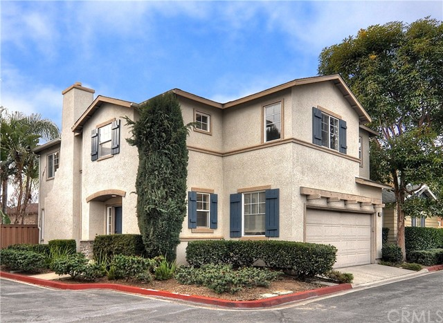 2855 N Santa Fe Place, Orange, CA 92865