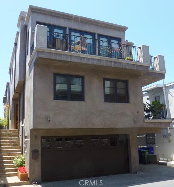 2211 Vista Drive, Manhattan Beach, California 90266, 3 Bedrooms Bedrooms, ,3 BathroomsBathrooms,For Sale,Vista,SB15118083
