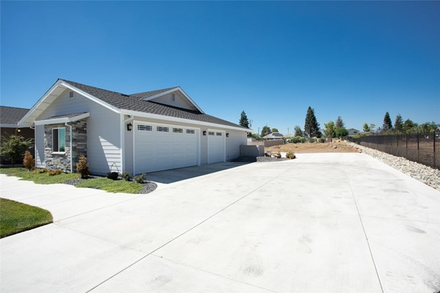 33 Lava Rock Drive, Chico, CA 95928