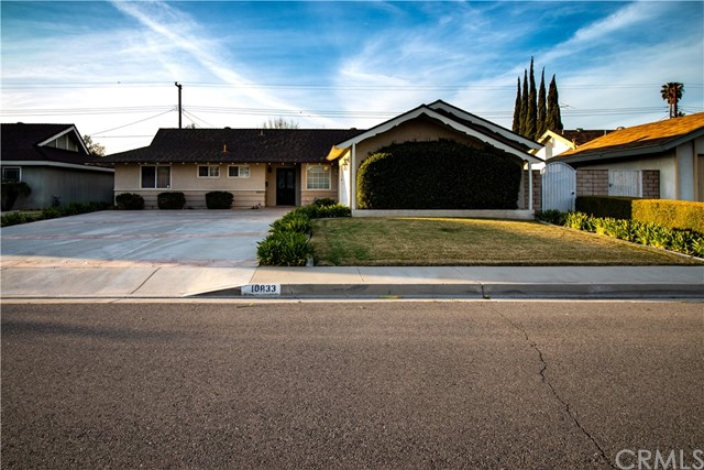 10833 Mercer Avenue, Riverside, CA 92505