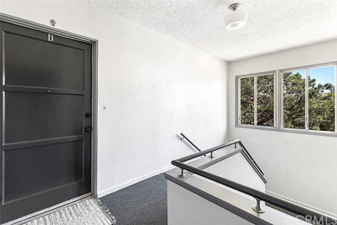 25. 5325 Cahuenga Boulevard #D North Hollywood, CA 91601