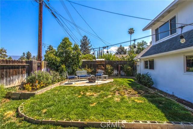 42. 1333 E Palm Avenue Redlands, CA 92374