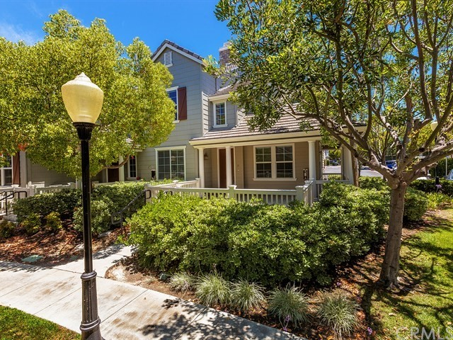Beautiful townhome with one of the biggest patios in the tract of Greenbriar in the Village of Avendale.  This 3 bed + loft is appointed with wood look flooring and neutral paint, Large kitchen with Granite counters and breakfast bar. Upstairs has built in desk area, 3 bedrooms + an extra loft space which is great for an office or play area. Master bath has separate tub and shower, dual sinks and walk in closet. This corner unit is ideally located and very close to Ladera Ranch elementary and other award winning schools, Founders Park, Avendale Clubhouse. Community also includes a skate park, water park, multiple other pools, playgrounds, clubhouse and tons of community events.
